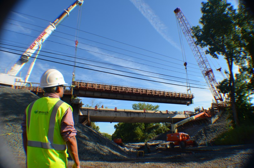 Route 175 over Amtrak Superstructure Replacement, Accelerated Bridge Construction with PBU